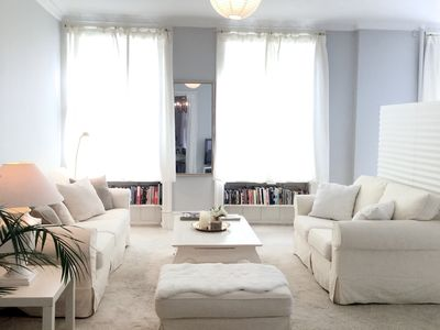 Photo for Classic spacious apartment in central Copenhagen with two bedrooms and park view