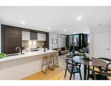 Photo for Southbank Stunner with Breathtaking Views