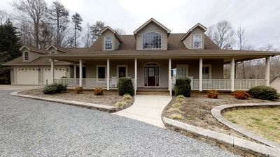 Photo for 3BR House Vacation Rental in Mineral, Virginia