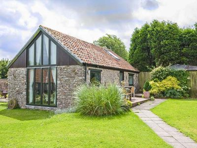 Photo for CROFT COTTAGE, with a garden in Gurney Slade And Binegar, Ref 923627