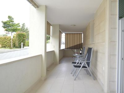 Photo for Two bedroom apartment with terrace Promajna (Makarska)