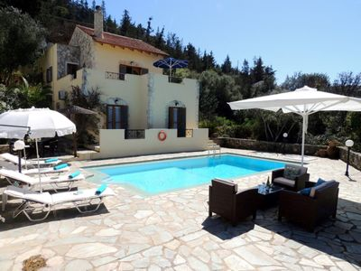 Photo for Villa Iremia in Gavalohori, near Almyrida. Private pool, sea views, free WIFI.