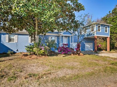 Photo for NEW! Updated Mt Pleasant Home w/Yard-5 Mi to Beach
