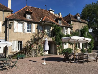 Photo for Large family house in Burgundy, tennis and pool