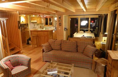 Photo for 3*, 5-bedroom-chalet for 10 people located at 1 km from the slopes, in a quiet and sunny area. Groun