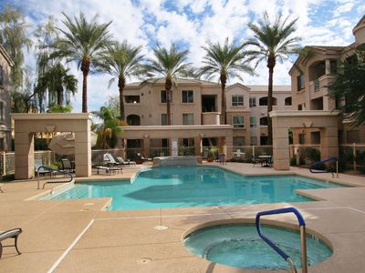 Photo for Outstanding Central Phoenix 2 Bedroom w/ Pool