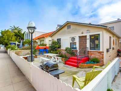 Photo for Cozy Cottage in Popular Mission Beach.