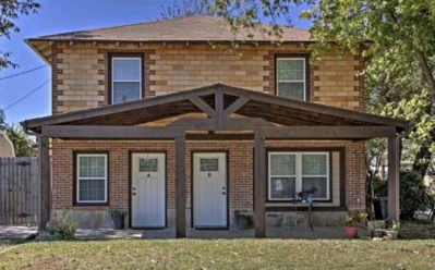 Photo for Guest House on Elm in the Historic Old Town Neighborhood, Walk to AT&T Stadium