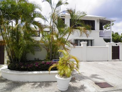 Photo for Charming West Coast Two Bedroom Apartment - Close to Lovely Beaches