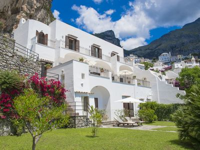 Photo for Luxurious villa in the heart of Positano overlooking the sea