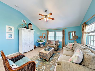 Photo for 3BR/2BA Lavishly Decorated New Beach Home, 1.5 Blocks to the Beach