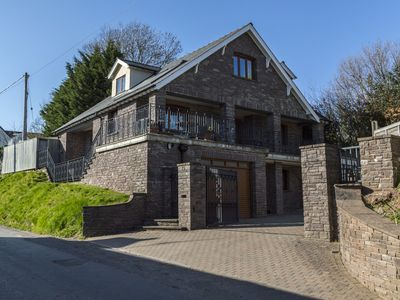 Photo for Spacious 5 bed property with hot tub/sauna situated in picturesque Grosmont