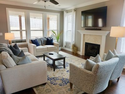 Photo for 4 Bedroom, open floor plan— minutes to everything