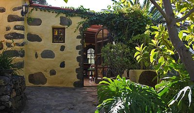 Photo for Cosy Canarian country house with tropical garden and fantastic views