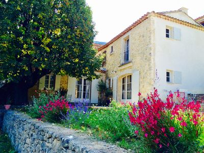 Photo for Pretty country house at the foot of the Luberon in Castellet.