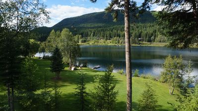 Photo for Little Heffley Lake House - 15 mins to Sun Peaks