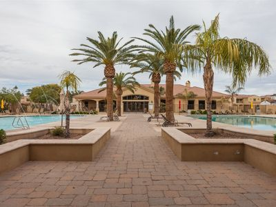 Photo for 4BR Gated Townhome, Clubhouse, Heated Pool, Spa, BBQ