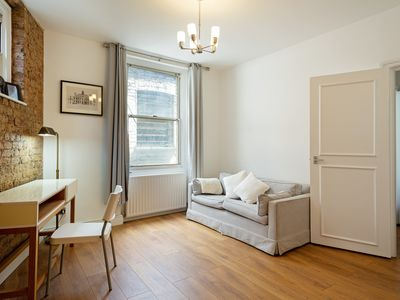 Photo for Stunning, Central 1-Bed Aparment in Soho