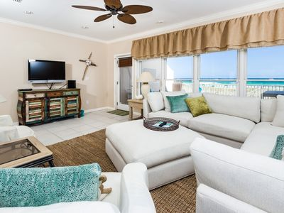 Photo for Stunning townhome, Steps to the beach, Minutes to entertainment
