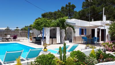 Photo for Beautiful villa in Cala Bassa, private pool and gardens, very close to the beach