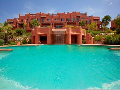 Photo for Luxurious 4 bed Townhouse with SEA VIEWS  Sotogrande