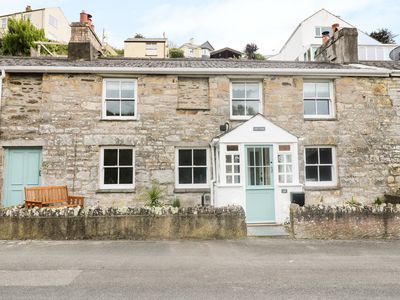 Photo for HALE COTTAGE, family friendly, with open fire in Pentewan, Ref 965249