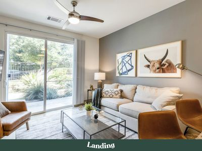 Photo for Stylish South Lamar Apartment