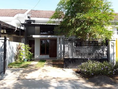 Photo for House near Sultan Hasanuddin Airport and Grand Mall Maros