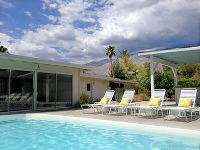 Photo for Fresh, Friendly and Modern - retreat to the Citrus House