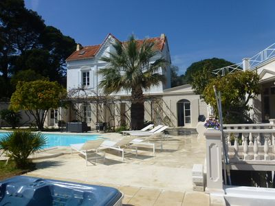 Photo for Villa, pool & garden close to Cannes and beach. 20 Guests