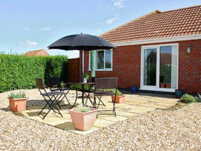 Photo for 2 bedroom accommodation in Sandilands, near Sutton-on-Sea