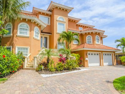 Photo for Luxury Waterfront Vacation Home on Boca Ciega Bay!