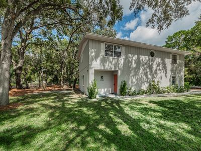 Photo for New! Centrally located in TB! Beautifully renovated pet friendly private home