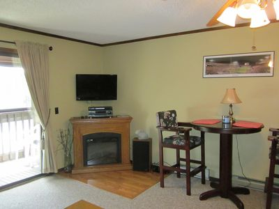 Photo for Cozy and Comfortable walking Distance to Slopes