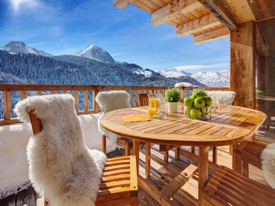 Photo for Exceptional chalet 5 * in a natural setting