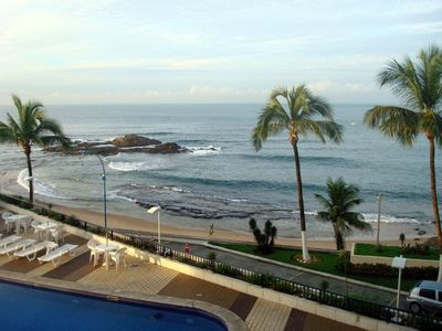 Photo for 1 bedroom apartment facing the ocean at the beautiful Ondina beach