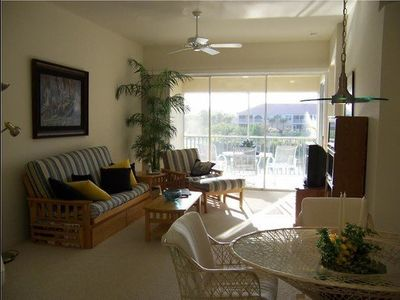 Photo for Lighthouse Bay 202 (Marbella) - Monthly - Gorgeous Lake Views - Minutes to Beach & Resteraunts - Covered Lanai