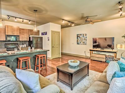 Photo for Downtown Condo 1 Mile to The Wilmington Riverwalk!