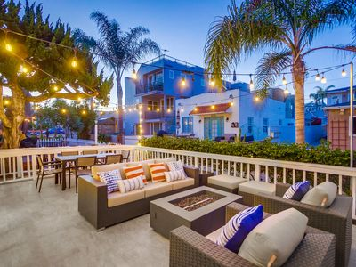 Luxury Contemporary Townhouse by 710 Vacation Rentals | Spacious Patio + Steps to the Beach