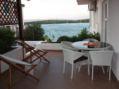 Photo for Apartment Niko  A4(2+2)  - Jelsa, Island Hvar, Croatia