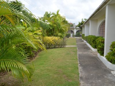 Photo for Lovely Apartment Ideally Located Close to Platinum Beaches and High-End Shopping