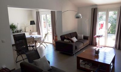 Photo for Bright and comfortable house with garden and pool between Aix and Salon