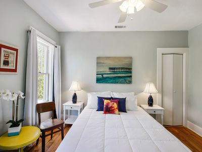 Photo for Glamorous 1BR/1BA Beachside Suite! Free Parking + Wifi
