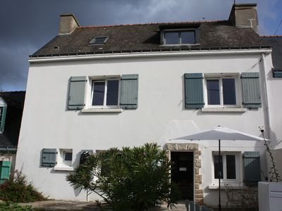 Photo for Pretty fisherman's house with 5 bedrooms in the village of Quelhuit