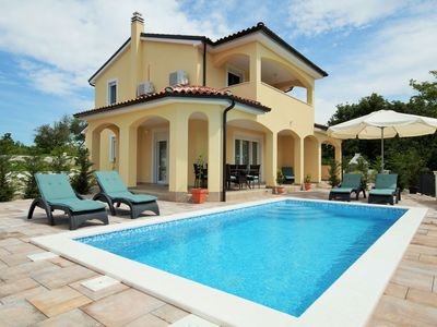 Photo for Villa Florami with pool - pure relaxation surrounded by nature