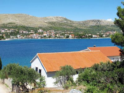 Photo for Apartment Mile  in Grebastica, Dalmatia - 5 persons, 2 bedrooms