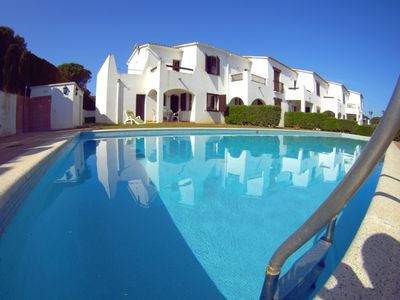 Photo for Villa Raquel 10: Magnificent house FRONT THE POOL, PARKING, 3 BEDROOMS.