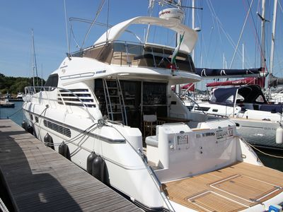 Photo for Stunning air conditioned 50ft motor yacht. Lymington New Forest