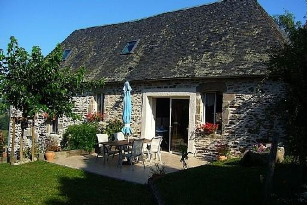 18Th Century House renovated 18th century house, quiet, perfect for relaxing and rest