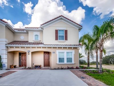 Photo for Amazingly  Decorated 5 Bedroom 5  Bathroom home on Solterra